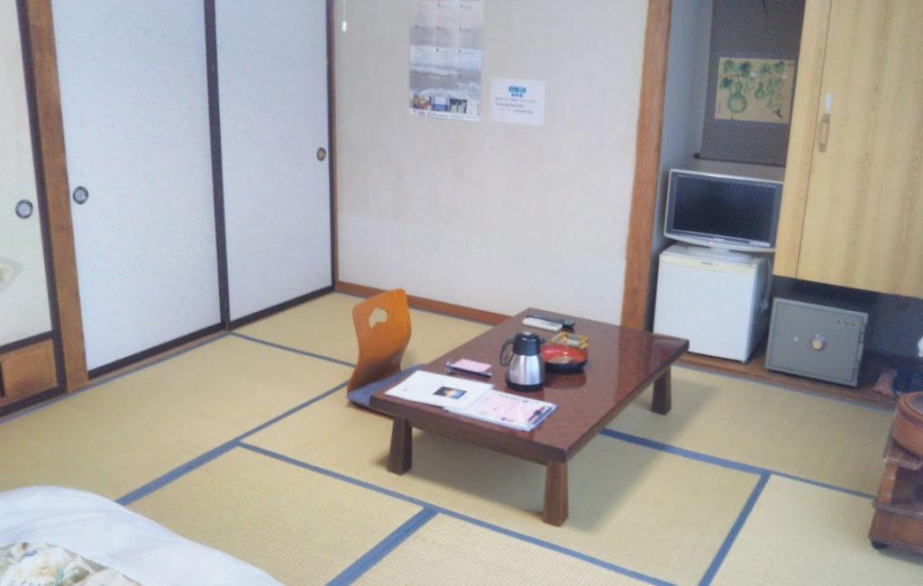 宮城県でペットと泊まれる宿「 ニュー泊崎荘 」