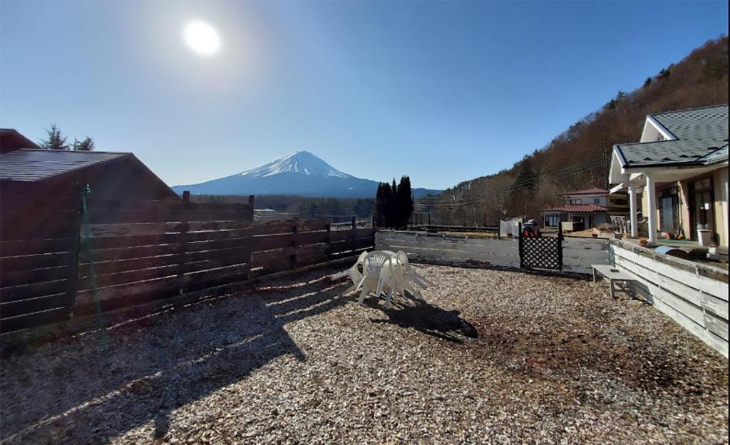 富士山が見える犬と泊まれる宿
