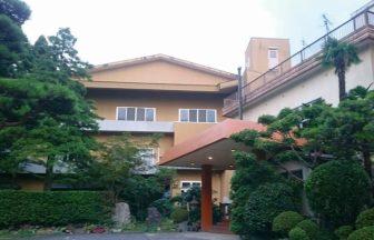 新潟県弥彦山でペットと泊まれるホテル