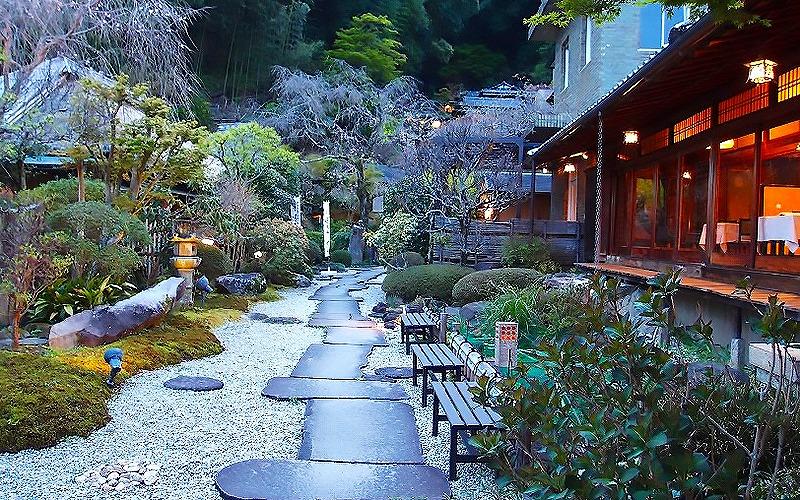静岡県伊豆長岡でペットと泊まれるホテル